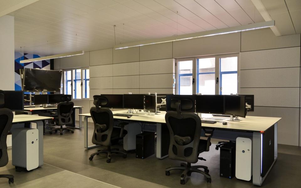 control room angola telecom