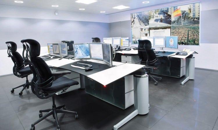 Policia-Torrejon-Sala-Control