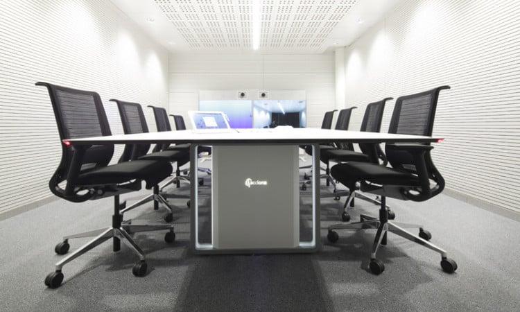 telepresence table acciona case study