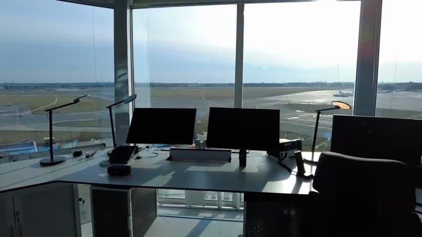 Aeropuerto de Bucarest Advantis-Evolution